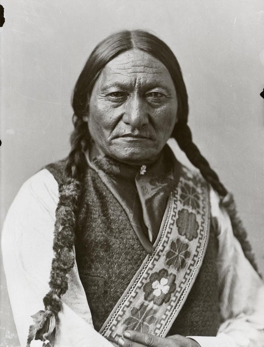 sitting bull and the sioux resistance essay As the united states government sought to force tribes onto reservations, sitting bull increasingly came to represent, for both indian and euro-american, resistance to united states expansion into the plains however, he adopted a defensive strategy, fighting only when he perceived a clear threat to his people that strategy worked reasonably well.