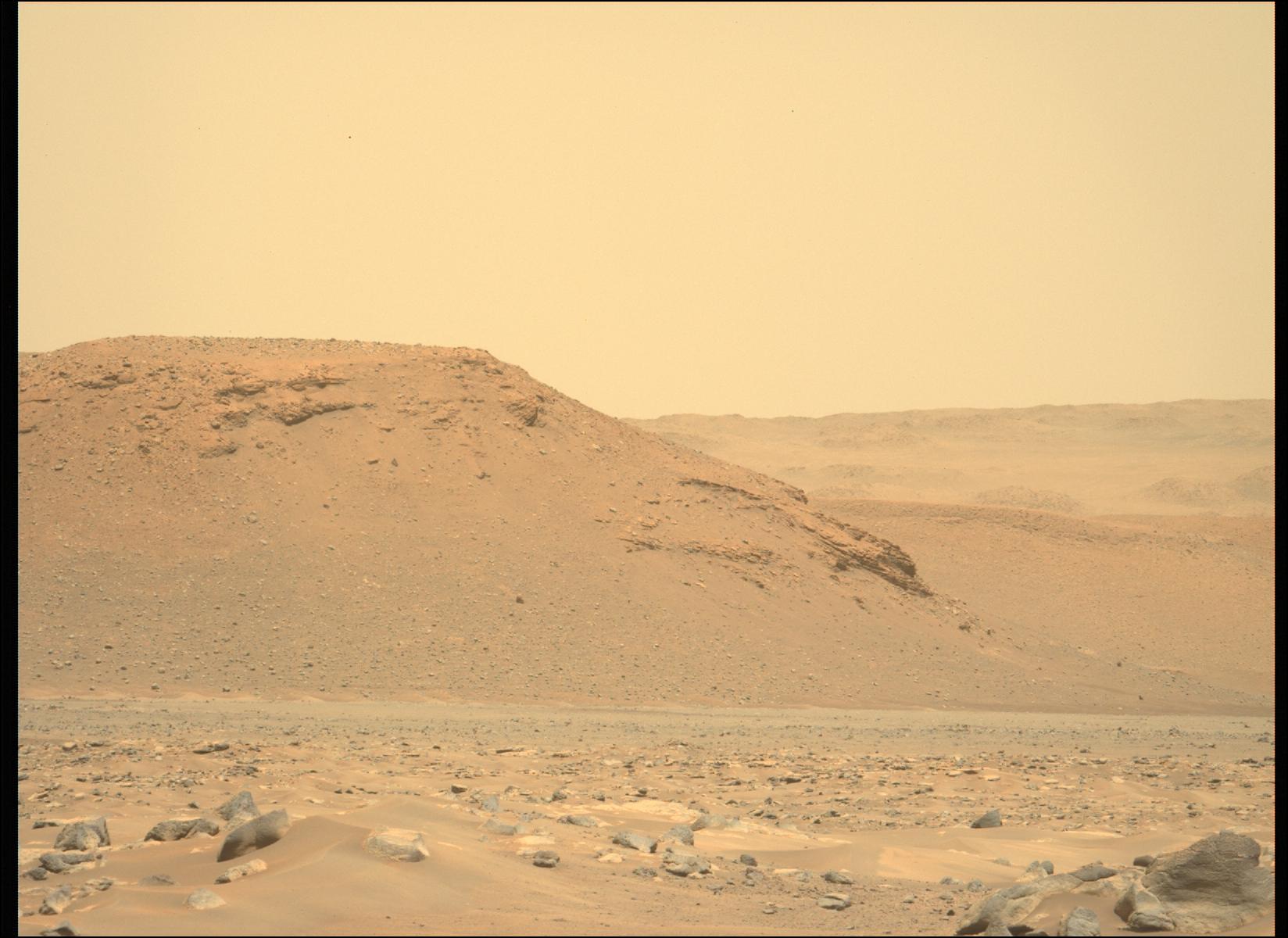 Mars_Perseverance_ZLF_0026_0669245431_186FDR_N0030792ZCAM08002_1100LUJ.png