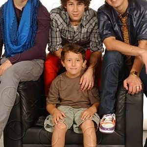 Jonas Brothers with their little bro frankie